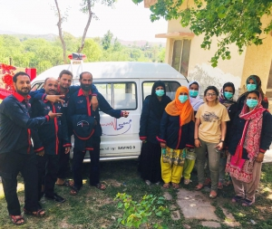 Saving 9's EMPs educating Pakistan on first aid